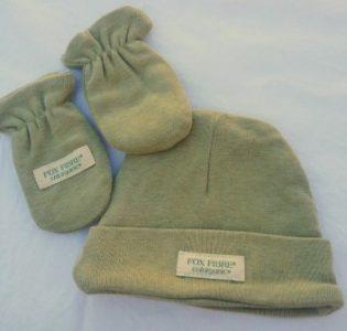 gorro guantes verde bebe