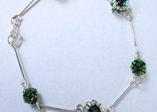 pulsera verde delicas y plata