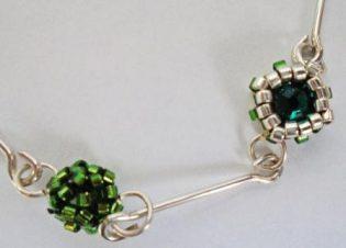 detalle collar verde delicas y plata bauldealgodon DSC00101