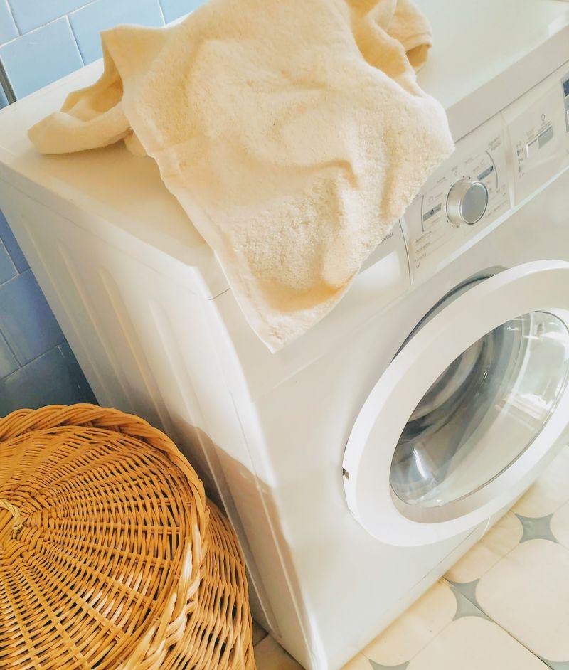 como-lavar-toallas-y-quitarles-el-mal-olor